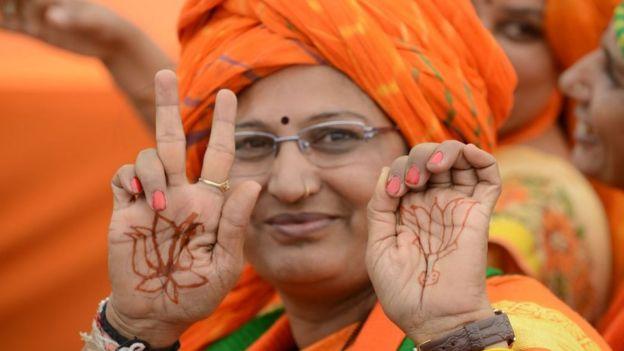 LIVE: குஜராத் தேர்தல் முடிவுகள்: 100-ஐ எட்டியது பாஜக