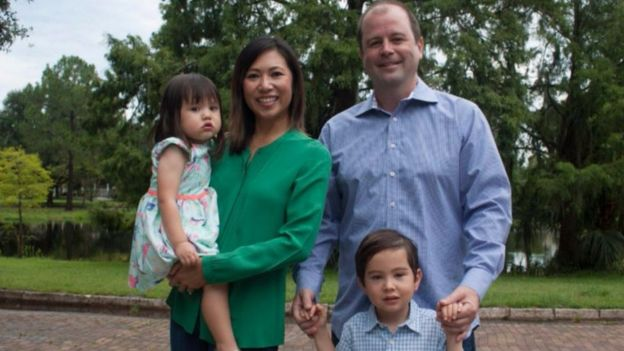 Bà Stephanie Murphy và gia đình