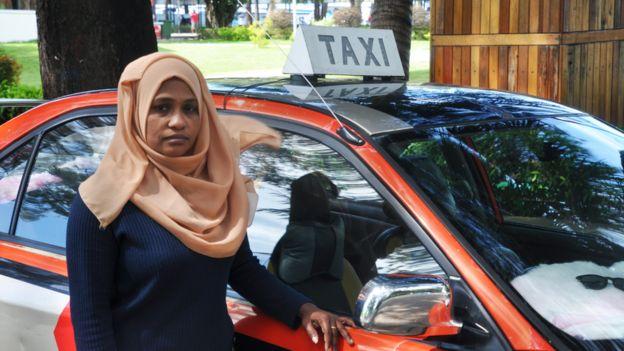 Amina Waheeda