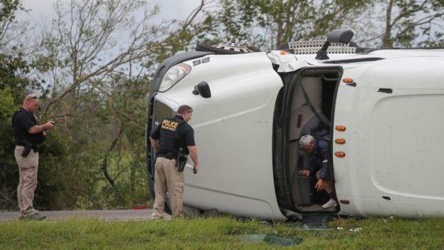 Overturned lorry in Vinton, Louisiana
