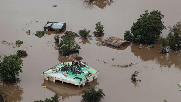 Ciclone que atingiu sul da África pode ter matado mais de 1 mil em Moçambique 2