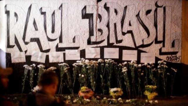 Mural da escola Raul Brasil, em Suzano (SP), com flores