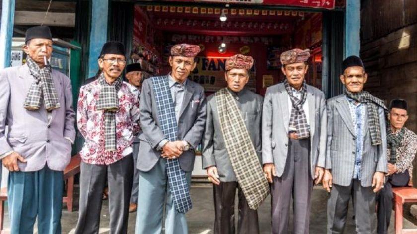 Batı Sumatra'da Minangkabau erkekleri