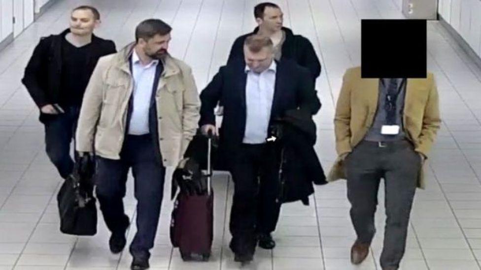 Ciudadanos rusos expulsados de Holanda.