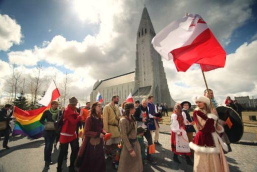 Desfile polaco en Reikiavik