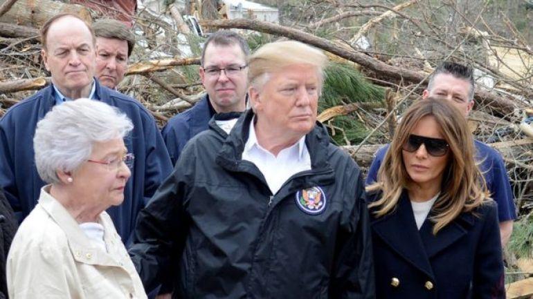 Kay Ivey y Donald Trump en Alabama