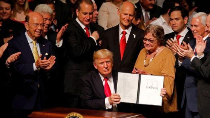 Трамп в Майами после подписания меморандума о новой политике в отношении Кубы