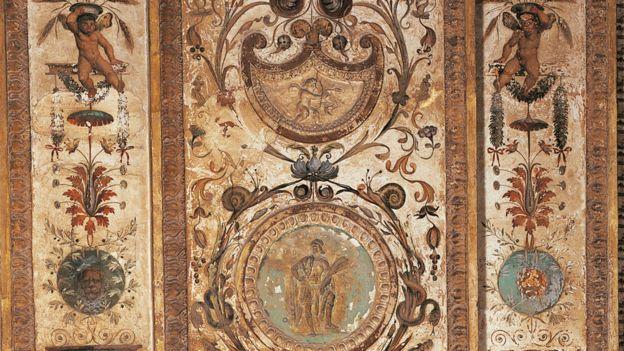 Vatican loggia decoration by Giovanni da Udine