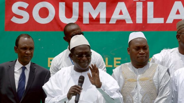Soumaila Cisse, leader of opposition party URD (Union for the Republic and Democracy), addresses his supporters during a rally in Bamako in 2018