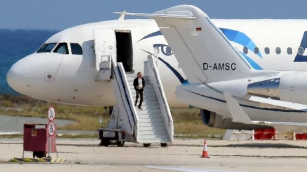 A man believed to be the hijacker of the EgyptAir Airbus A-32