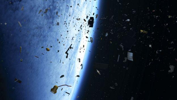 Desechos espaciales.