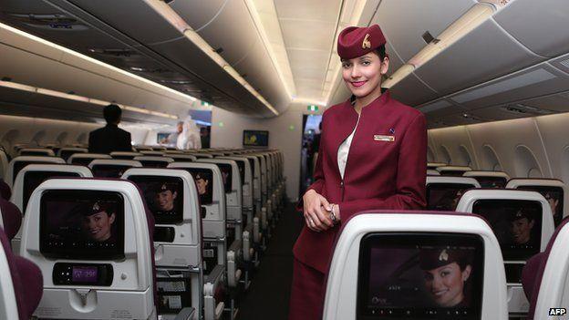 Qatar Airways relaxes female cabin crew pregnancy rules - BBC News
