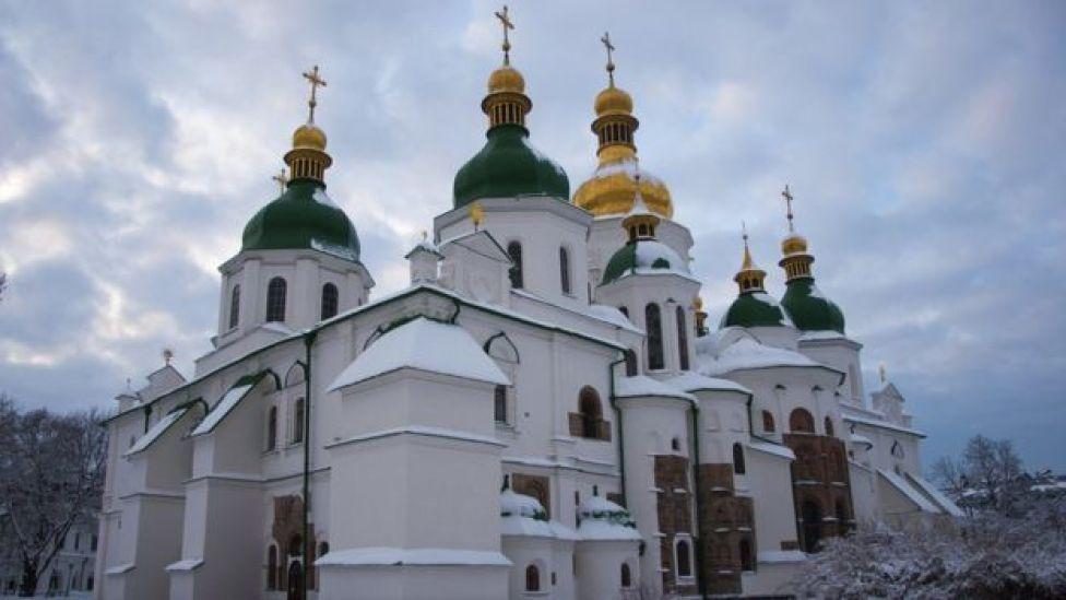 Catedral de Sofía, en Kiev, nevada.