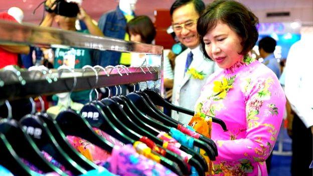 Bà Hồ Thị Kim Thoa