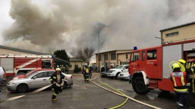 Firefighters tackle the blaze in Baumgarten, Austria. Photo: 12 December 2017