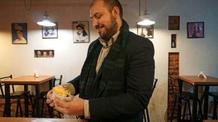 El venezolano creció con la arepa. Comen, si pueden, todos los días. A veces más de dos veces por día.