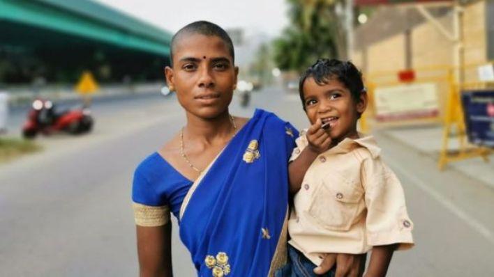 Prema Selvam ve çocuklarından biri