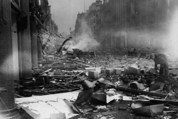 قصف جوي لشارع أوكسفورد في لندن