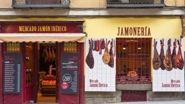 Tienda de embutidos en España
