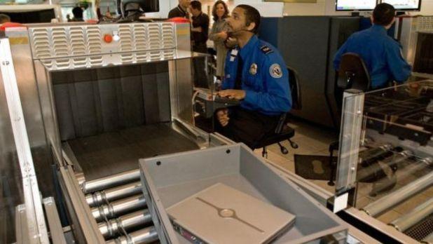 Un dispositif de contrôle dans un aéroport