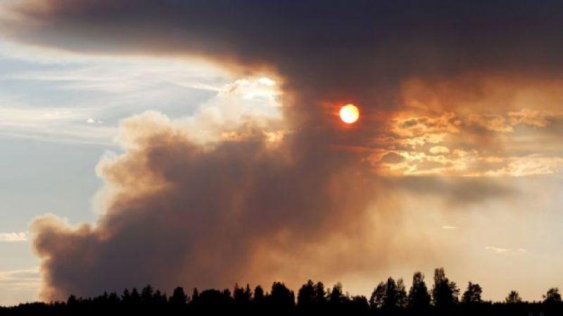 دود ناشی از آتش سوزی کاربل سوئد