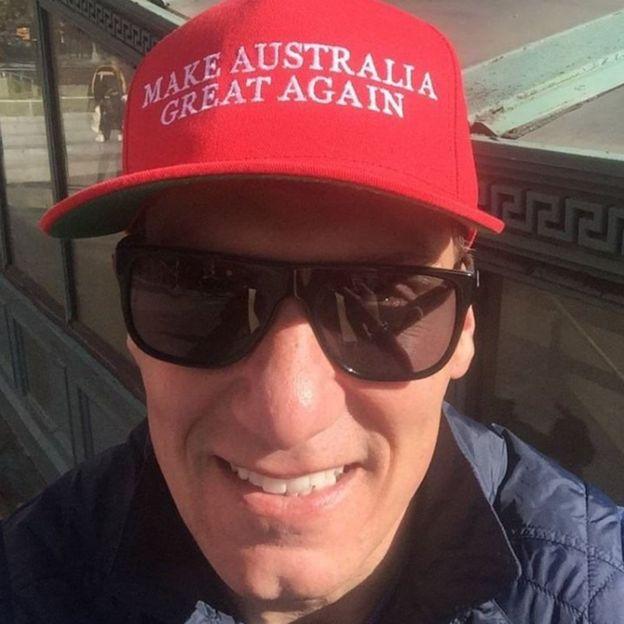 Cory Bernardi wearing a 'Make Australia Great Again' baseball hat