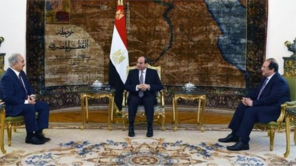 السيسي ستقبل حفتر في القاهرة