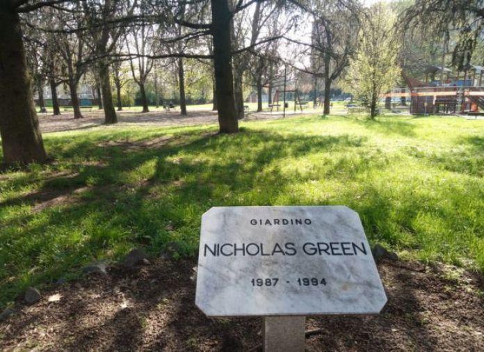 Jardín dedicado a Nicholas Green en Turín, Italia.