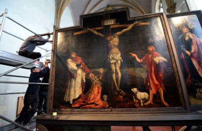 Jesús crucificado en un cuadro del pintor alemán Matthias Grunewald, del siglo XVI.