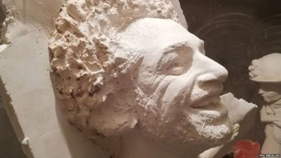 Mai Abdallah's mould for the Salah statue
