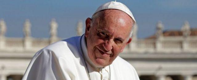 Le Pape François à la fin de l'audience générale du mercredi sur la place Saint-Pierre au Vatican, le 22 novembre 2017.