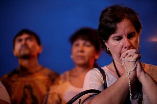 Familiares de alunos da escola Professor Raul Brasil, em Suzano
