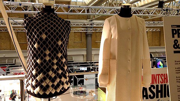 ringle of Scotland used 3D printed fabric created by material scientist Richard Beckett to create these garments