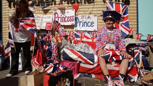 Royal fans outside hospital