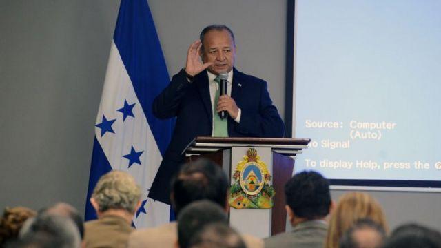 El ministro de seguridad de Honduras, Julián Pacheco