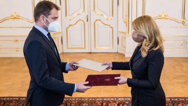 ماتوفيتش سلم استقالته لرئيسة سلوفاكيا وأصبح وزيرا للمالية