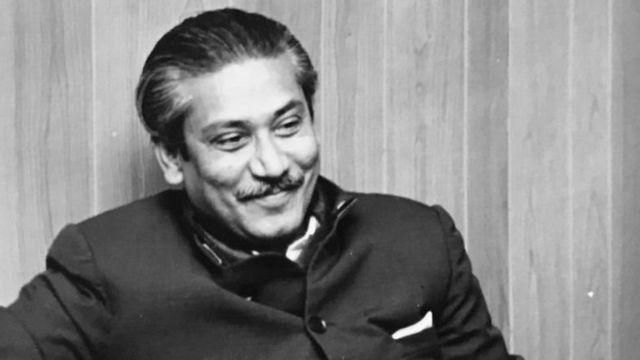 শেখ মুজিবুর রহমান (১৯৭২ সালে বিবিসি বাংলাকে সাক্ষাৎকার দেবার সময় তোলা ছবি)