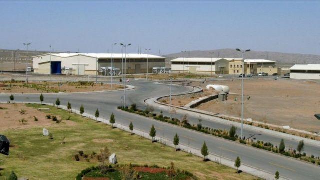 منشأة نطنز لتخصيب اليورانيوم تبعد نحو 250 كيلو متر جنوبي طهران