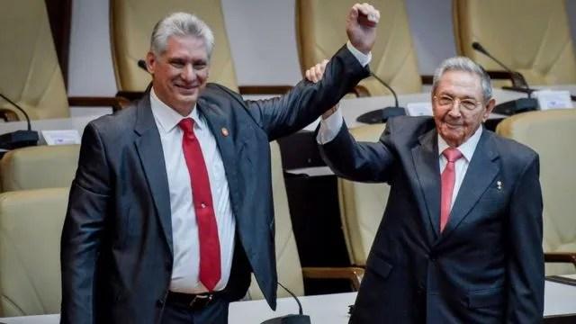 미겔 디아스 카넬 대통령(왼쪽)과 라울 카스트로