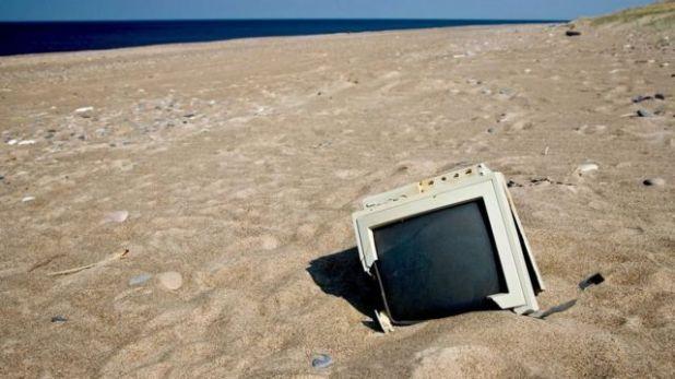 تشكل المخلفات الإلكترونية أسرع أنواع النفايات المنزلية تزايدا في العالم، ويُتوقع أن تتضاعف كميتها بحلول عام 2050