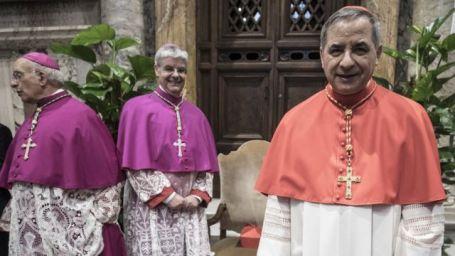 Cardeal Angelo Becciu em junho de 2018