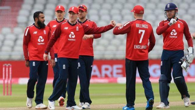 انگلینڈ کی کرکٹ ٹیم کو دورۂ پاکستان کی دعوت