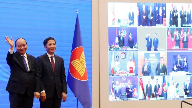 The Prime Minister of Vietnam, Xuan Phuc;  and the Minister of Industry and Commerce, Tran Tuan Anh, hosted the virtual summit at which the agreement was signed.
