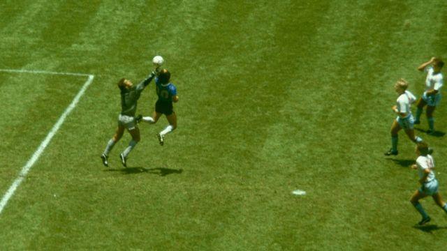 Maradona gol con la mano Inglaterra