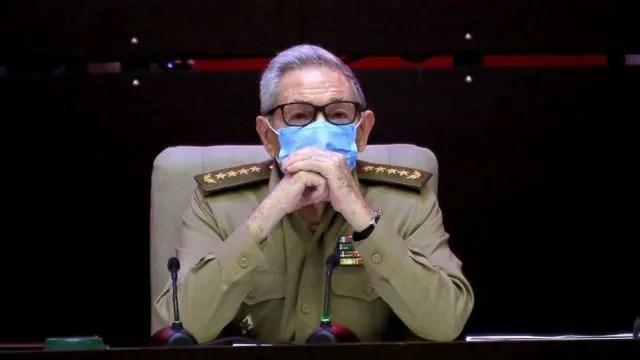 라울 카스트로의 은퇴는 60년 만에 처음으로 쿠바가 공식적으로 카스트로의 지도 하에서 벗어난다는 것을 의미한다