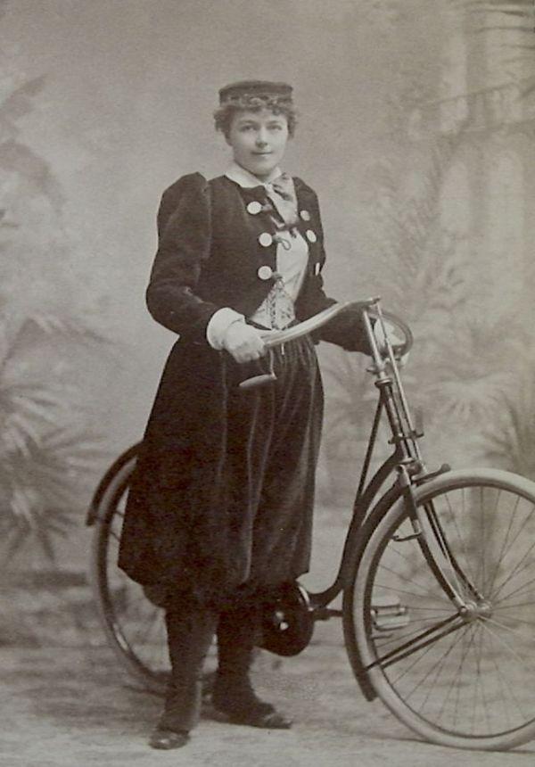 Як велосипед змінив світ і яке в нього майбутнє - BBC News ...