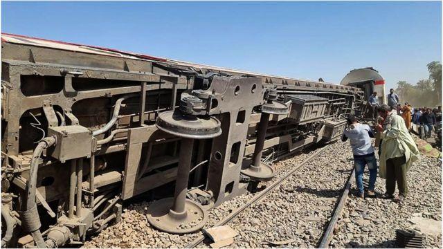 تصادم قطارين في سوهاج