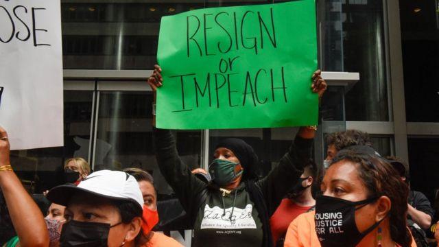 Protesta contra Andrew Cuomo en Nueva York el 4 de agosto