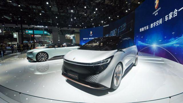 在上海车展上展出的恒大恒驰汽车样车(19/4/2021)