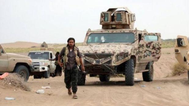 السعودية تقود ائتلافا من دول عربية يدعم القوات الموالية للحكومة اليمنية